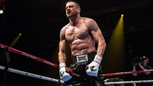 3044397-poster-p-1-the-southpaw-trailer-hits-you-with-a-ridiculously-cut-jake-gyllenhaal-and-new-eminem-music