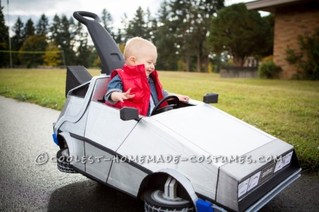 baby-marty-mcfly-and-his-delorean-push-car-132917-800x533