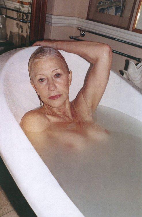 Hellen Nude 48