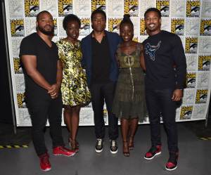 black-panther-comic-con-25jul16-02