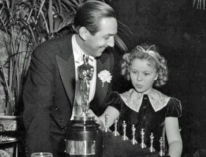 blog_bedi-joyce-tatarewicz-joseph-2016-02-28_walt-disney-shirley-temple-oscars-1939-snow-white-from-ampas